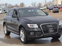Body Style: SUV Engine: Exterior Color: MYTHOS BLK MET