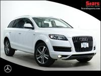 Beautiful Pearl White One Owner Loaded 2015 Audi Q7