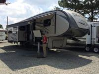 The 2015 Blue Ridge Fifth Wheel Model 3025RL is one of