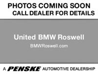 ======: This 2015 320i xDrive has a Jet Black exterior