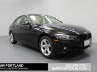 EPA 33 MPG Hwy/22 MPG City! CARFAX 1-Owner, BMW