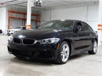 CARBON BLACK METALLIC,Sun/Moonroof,Keyless