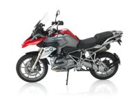 The new R 1200 GS now gives the impression of more