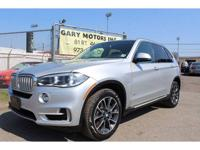 Stunning! 2015 BMW X5 50i X-Line in amazing condition,