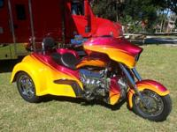 2015 BOSS HOSS COUPE This 2015 Boss Hoss Coupe Trike