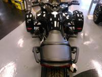 2015 Can-Am F3-S SE6 E6FH FUN TO RIDE ! Motorcycles