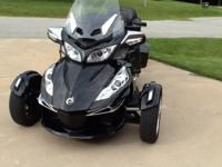 2015 Can-Am Spyder RT Limited SE6 (Steel Black