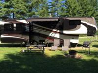 2015 Carriage 40re Fifth Wheel Trailer. All season with