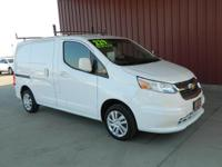 2015 CITY EXPRESS LS CARGO VAN, CARFAX 1-OWNER, LOW