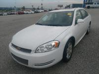 FUEL EFFICIENT 30 MPG Hwy/18 MPG City! Sunroof, Alloy