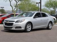 Clean CARFAX. CARFAX One-Owner.  2015 Chevrolet Malibu