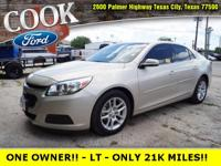 * ONE OWNER!! * - ONLY 21K MILES!! - PERFECT CARFAX