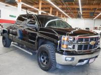 This 2015 Chevrolet Silverado 1500 4dr LT features a