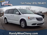 2015 Town and Country Limited Clean CARFAX -