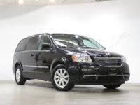 Brilliant Black Crystal Pearlcoat 2015 Chrysler Town &