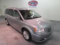 2015 Chrysler Town & Country Limited ** 3.6L V6 **