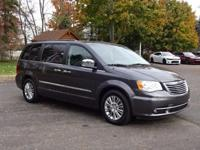 Options:  2015 Chrysler Town & Country Touring-L|New
