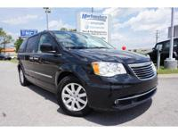 2015 Black Chrysler Town & Country Touring EXCLUSIVE