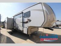 2015 CROSSROADS RV HILL COUNTRY HCF29RL - FIFTH WHEEL