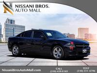 Clean CARFAX. Black 2015 Dodge Charger SE RWD 8-Speed