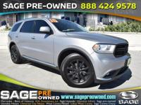 Climb inside the 2015 Dodge Durango! This vehicle