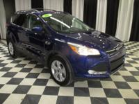 OVERVIEW This 2015 Ford Escape 4dr 4WD 4dr SE features