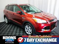 **LEATHER, BACKUP CAMERA, POWER LIFTGATE** 2015 Escape
