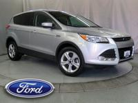 2015 Ford Escape SE Silver Clean CARFAX. FWD 6-Speed