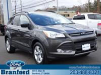 2015 FORD ESCAPE SE 2.0 ECOBOOST!!! CLEAN AUTOCHECK/