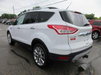 Options:  2015 Ford Escape Se|Oxford White/Charcoal
