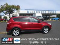 Step into the 2015 Ford Escape! This vehicle glistens