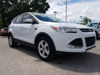 White 2015 Ford Escape SE FWD 6-Speed Automatic
