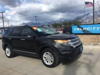 LOADED XLT! AWD, HEATED LEATHER SEATS, BACK-UP CAMERA,