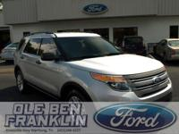 Options:  2015 Ford Explorer Base|Silver/|V6 3.5 L