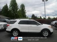 Great color combo! This 1-Owner 2015 Explorer has the