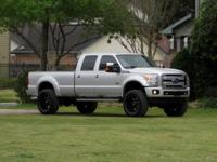 2015 Ford F-350 4x4 DIESEL!  This F-350 comes with the