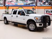 2015 Ford Super Duty F-350 SRW Pickup 4X4  Oxford White
