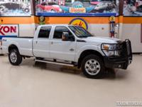 2015 Ford Super Duty F-350 SRW Pickup Lariat 4X4