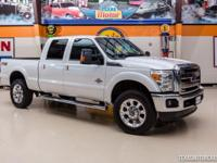2015 Ford Super Duty F-350 SRW Pickup Lariat 4X4  White