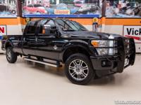 2015 FORD F350 SUPER DUTY PLATINUM 4X4  Gorgeous Tuxedo