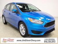 2015 Ford Focus SE in Performance Blue with Charcoal