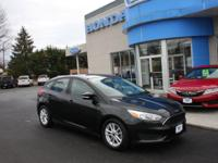 ONE OWNER, CLEAN ACCIDENT FREE CARFAX, 2015 FORD FOCUS