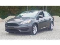 26/36 City/Highway MPG Gray 2015 Ford Focus SE FWD