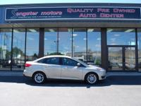 Options:  2015 Ford Focus Se|Med Gray/|V4 2.0 L |31878