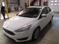 2015 Ford Focus SE CARFAX One-Owner. Clean CARFAX.