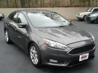Options:  2015 Ford Focus 4Dr Sedan Se|This 2015 Ford