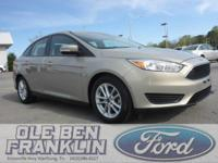 Options:  2015 Ford Focus Se|/|V4 2.0 L |42897
