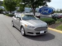 CLEAN CARFAX ONE OWNER CORPORATE FLEET VEHICLE2015 FORD