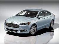 2015 Ford Fusion Energi SE Luxury in White Platinum
