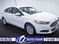 Very nice 2015 Ford Fusion S. Keyless Entry, SYNC,